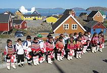 Bevölkerung Grönlands – augenscheinlich keine Europäer – ist diese weder homogen, noch biologisch oder kulturell von anderen Populationen klar abgrenzbar
